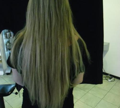 Rückenlange Haare mit Echthaarextensions