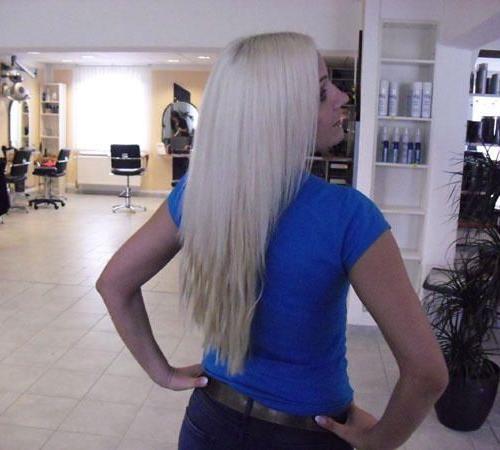 Haarverlängerung mit blonden Echthaarsträhnen
